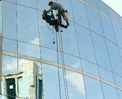 玻璃幕墙防水案例